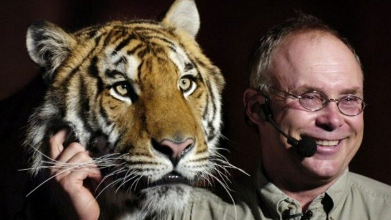 Exotic Animals in Entertainment: the Pros and Cons Essay Sample
