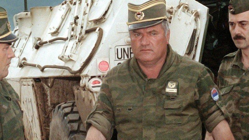 Картинки по запросу войска под командованием Младича