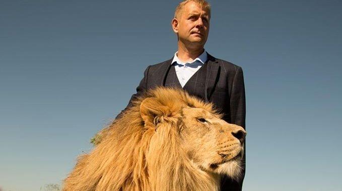 Ссылка на англоязычную петицию в поддержку защиту парка Тайган и Олега Зубкова. Link to the English-speaking petition in support of Taigan Lion and it's owner Oleg Zubkov!