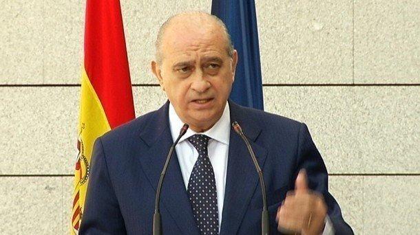 Escuchas Ministro Del Interior Of Petici N Gobierno De Espa A Dimision Del Ministro Del