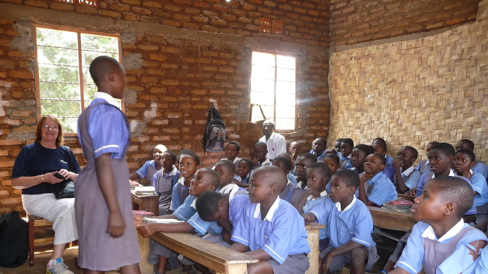 nigeria education system Introduction education in nigeria needs urgent attention, it is bombered with myriad of challenges which has hindered the economy growth abd development of the nationeducation is an investment that pays the best interest, its the major key to success.