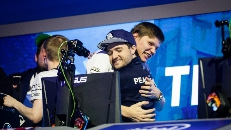 Петиция · s1mple : s1mple to stay in Team Liquid · Change org