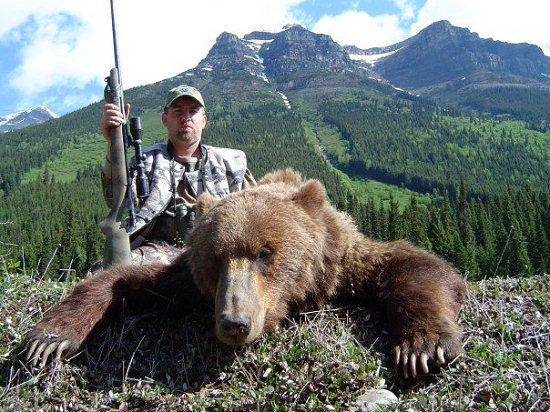 ... Create legislation banning the Grizzly Bear trophy hunt · Change.org