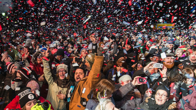 Petition Bring Niagara Falls New Year S Eve Broadcast Back