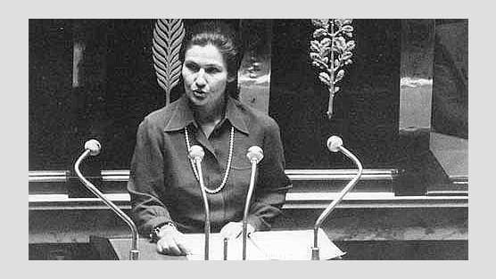 Simone Veil au Panthéon ! Une pétition sur Change.org AuwvWczVurcYPbZ-556x313-cropped