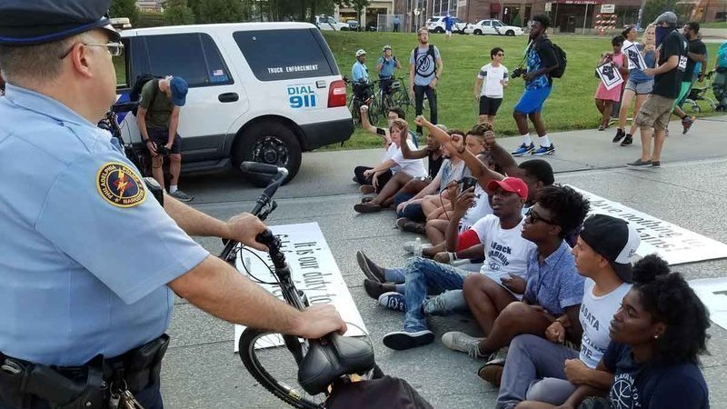 Why Police Need Training To Interact >> Petition Barack Obama Change The Laws And Training How Police