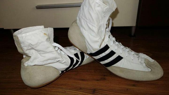 Emular Persuasión En marcha  Petición · Que Adidas vuelva a comercializar las zapatillas de Freddie  Mercury (Modelo Hercules) · Change.org