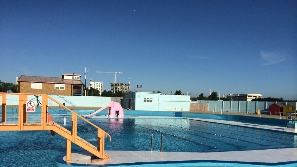 Topic leisure - The strand swimming pool gillingham ...