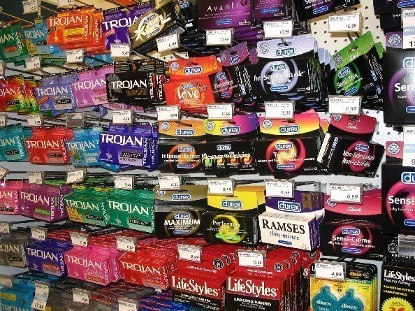 condoms at school essay The distribution of condoms to teenagers in expository essay topic: the distribution of condoms to the distribution of condoms to teenagers in school.