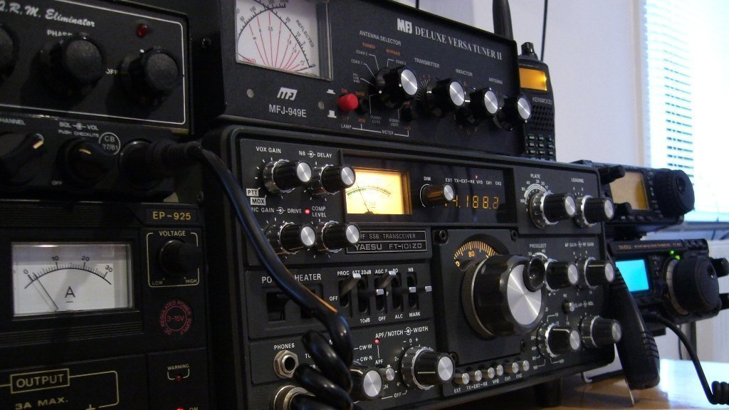 Petition · Keep 144-146 MHz band for Ham Radio · Change org