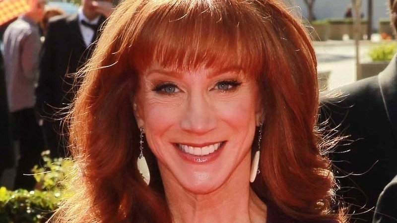 Kathy griffin should be arrested