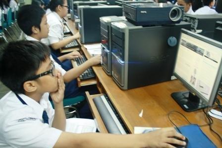 Hasil gambar untuk anak sekolah dan bidang teknologi