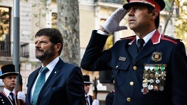 Petici n ministerio del interior retirada medallas for Ministerio del interior guardia civil