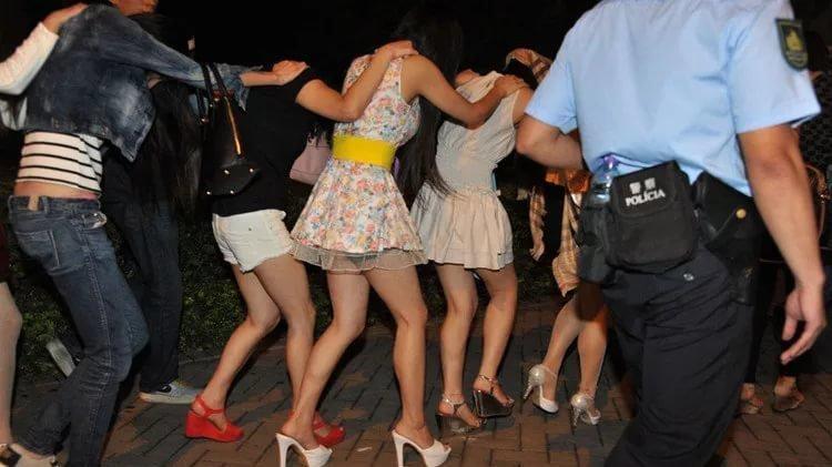 Облаву на проституток трансы проститутки индивидуалки