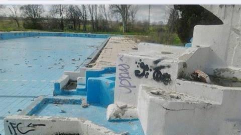 Petici n ayuntamiento de leganes reconstruir piscina la for Piscina solagua leganes