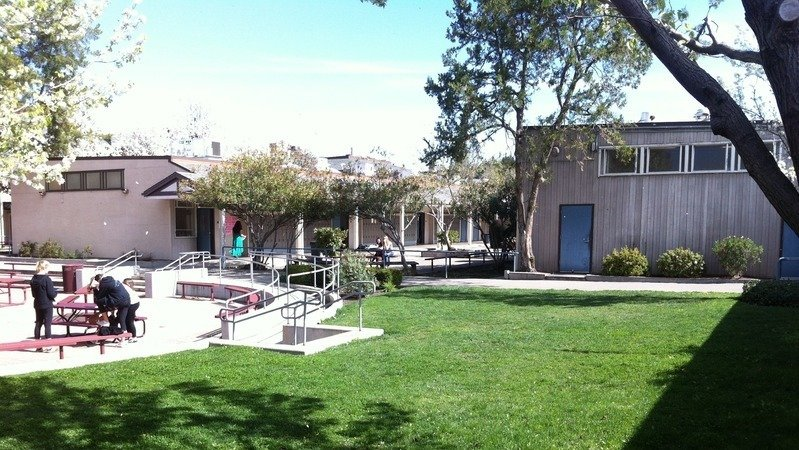Petition To Not Build A Classroom Over The Senior Lawn At Las Lomas High School Change Org