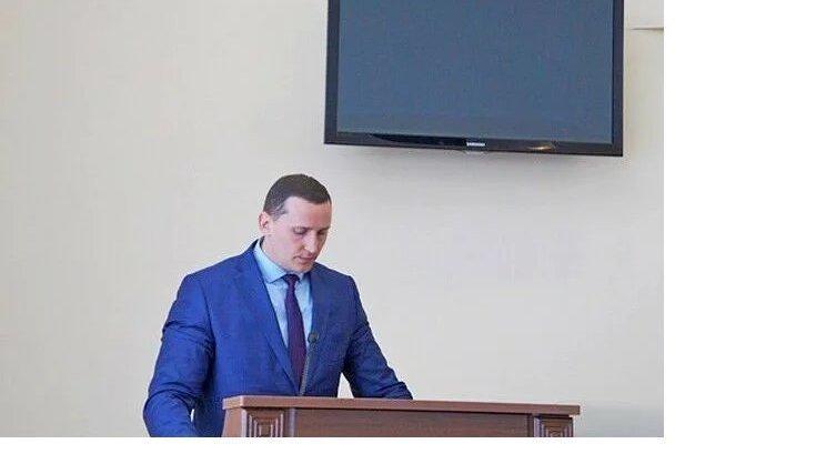 Олег Тарасов создал петицию в поддержку Азовских уголовно-преследуемых чиновников администрации