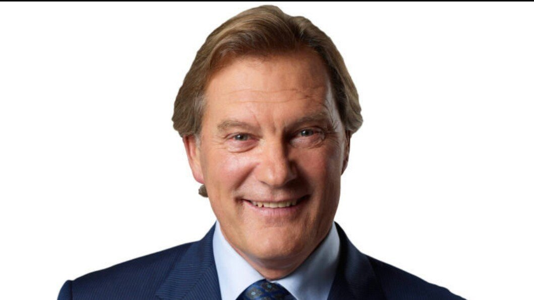 the power of media shown on the example of glen hoddle Enjoy millions of the latest android apps, games, music, movies, tv, books, magazines & more anytime, anywhere, across your devices.