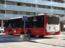 Petición · Mejorar las frecuencias de los autobuses los ...