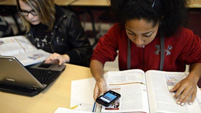 phone use in school