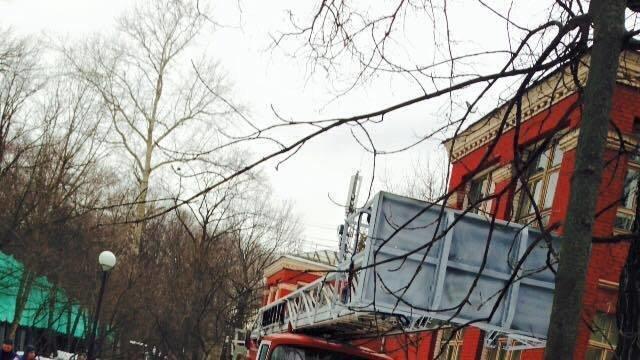 Боткинская больница метро маяковская