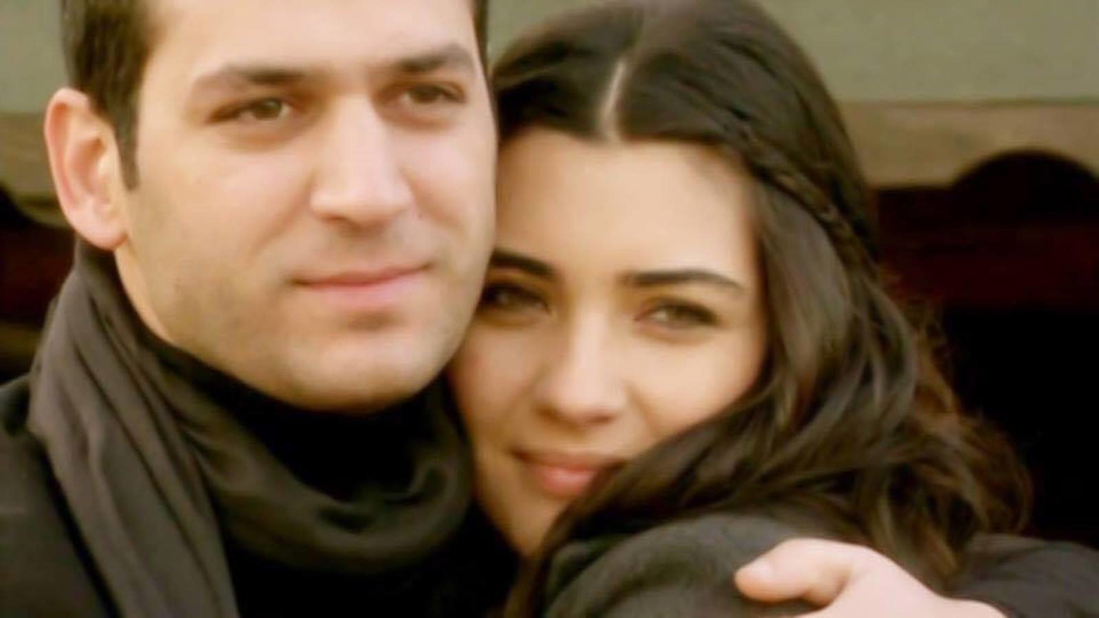 Asi Murat Yildirim Tuba Buyukustun: Петиция · To Shoot The Movies, Series With Murat Yildirim