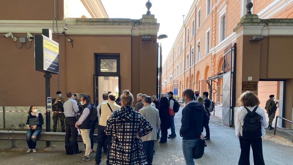Petizione Rendere Efficiente L Ufficio Asseveramento Perizie E Traduzioni Del Tribunale Di Roma Change Org