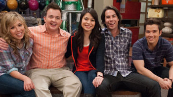 Petition · GET ICARLY ON NETFLIX · Change org