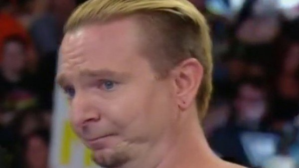 james-ellsworth-firma-con-la-wwe-