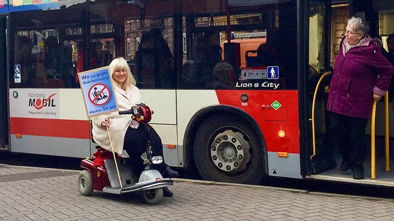 petition aufhebung des scooter verbots f r menschen mit behinderung in linienbussen. Black Bedroom Furniture Sets. Home Design Ideas