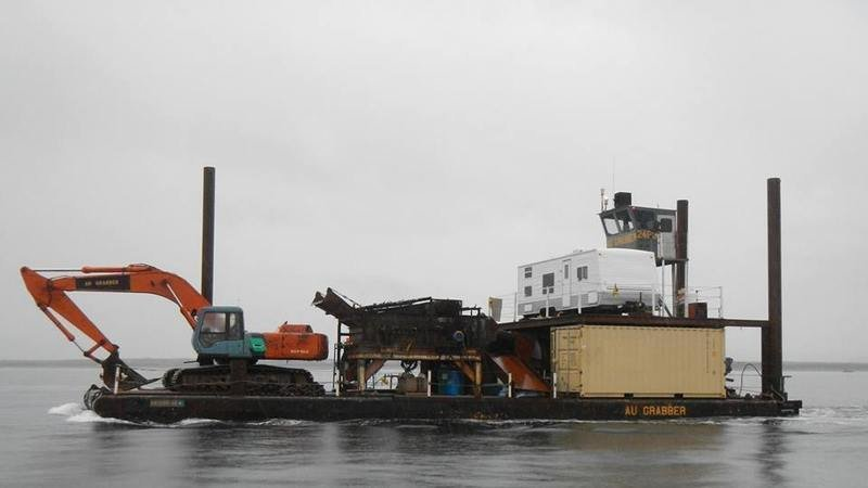 Mining gold in alaska bering sea crabbers